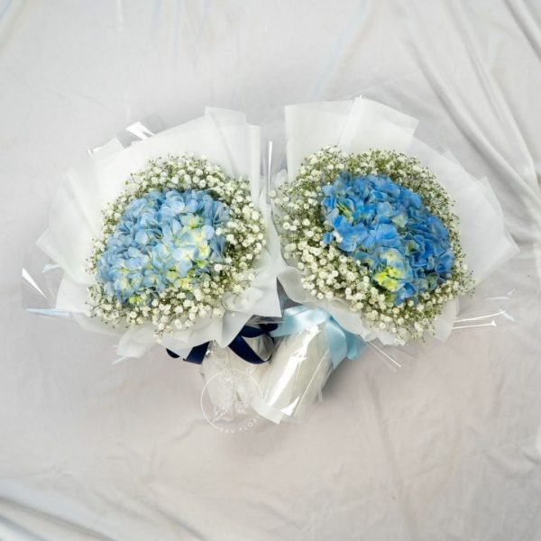 Forever Young Hydrangea Bouquet 3