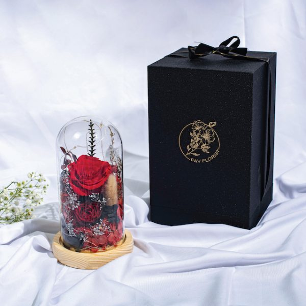 Beauty & the beast preserved flower dome