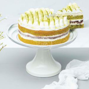 matcha redbean cake slice