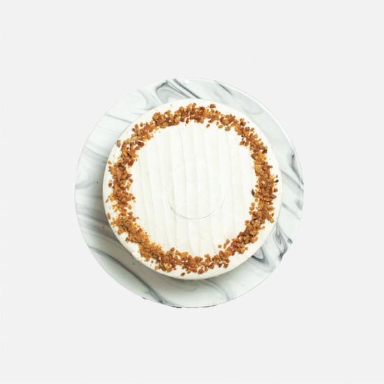red velvet peanut butter cake top