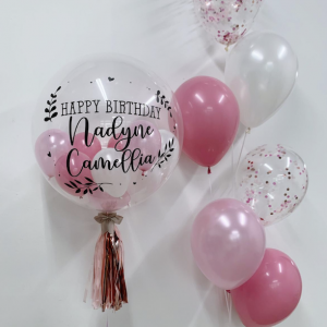 customised balloon with side bouquet