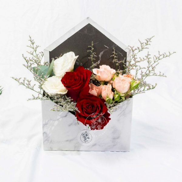 Marble Envelope Rose Box - Red Kenya Rose Bouquet
