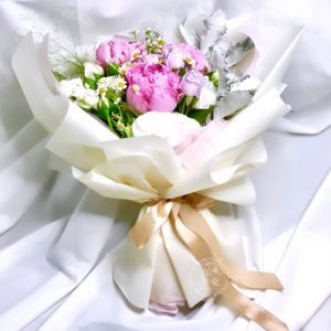 Princess premium XL flower bouquet - mixed peony bouquet