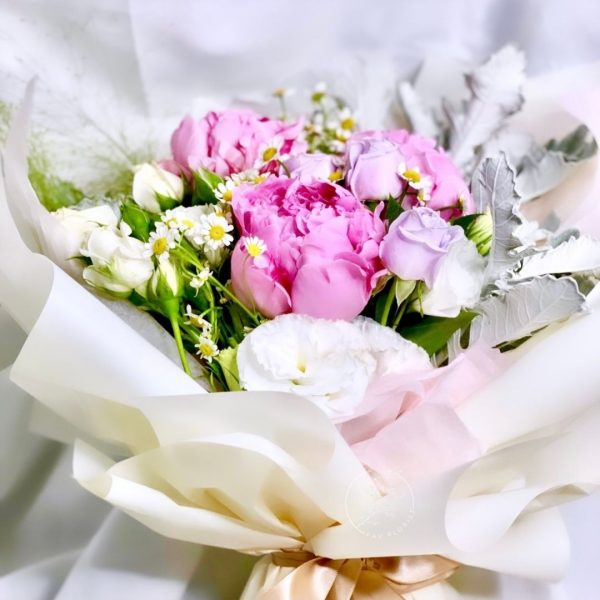 Princess premium XL flower bouquet - mixed peony bouquet
