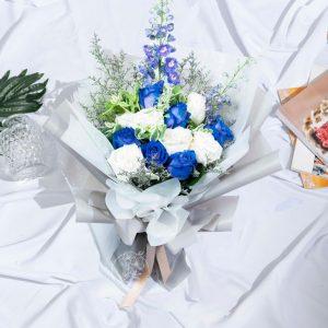 Winter Magic - 12 Blue and White Kenya Rose Premium XL Bouquet