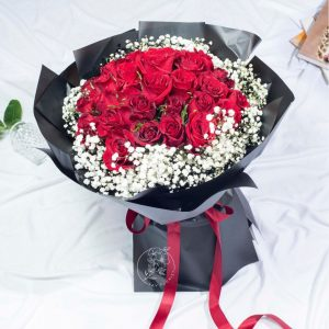 Deluxe - 30 Red Kenya Rose and Baby Breath Premium XL Bouquet