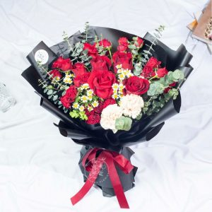 Flirt With Me - Valentine's Day Premium Red Rose XL Bouquet