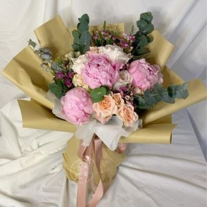 Pastel Dream - Mixed Peonies and Kenya Rose bouquet