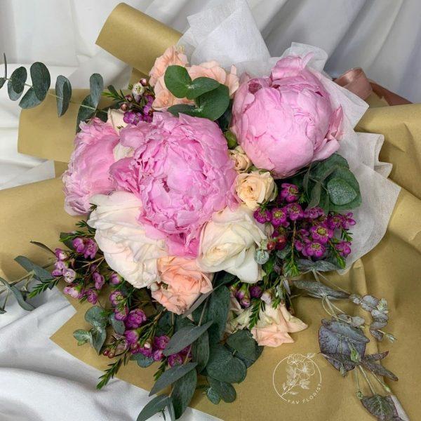 Pastel Dream - Mixed Peonies and Kenya Rose bouquet Closeup