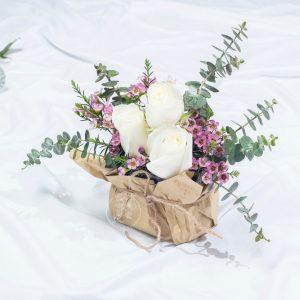 Satomi Japanese Style Flower Box - White Kenya Rose Box