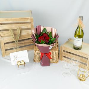 Classic Love – Rose Bouquet