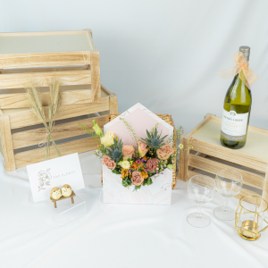 Fancy - Cappuccino Rose Marble Envelope Box