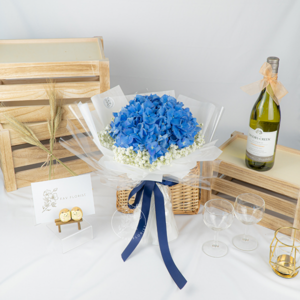 Forever Young - Hydrangea Bouquet 2