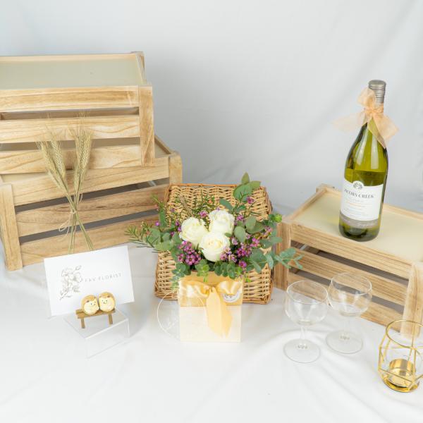 Satomi Japanese Style Flower Box – White Kenya Rose Table Arrangement