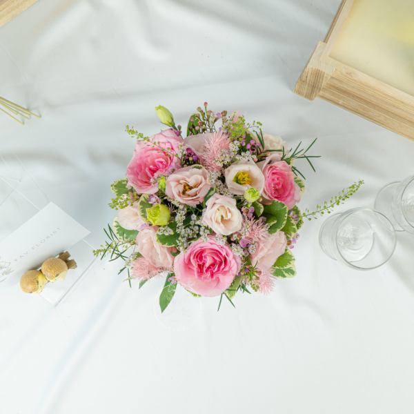 Summer Meadow - Pink Roses With Eustoma Box 2