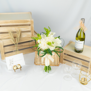 Winter Grace Wedding Hand Bouquet - Calla Lily & O'Hara Rose Bouquet